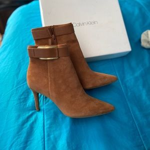 Calvin Klein  Ankle boots new without tag